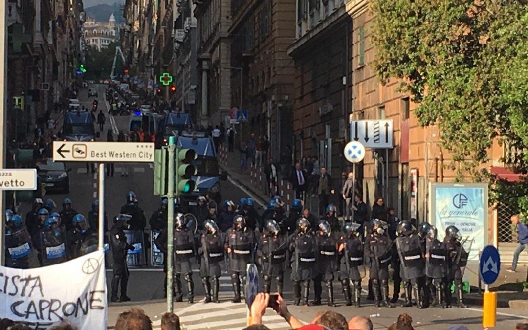 Solidarietà al giornalista di Repubblica picchiato dalla Polizia!