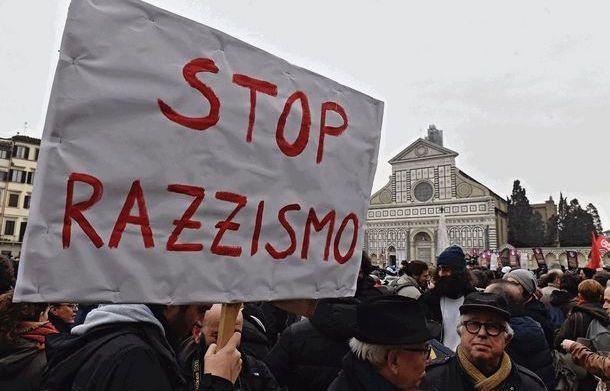 """Vietato """"inventare"""" ragioni sanitarie per discriminare gli stranieri. Condannati in via definitiva i comuni di Alassio e Carcare grazie alla denuncia di Arci Liguria."""